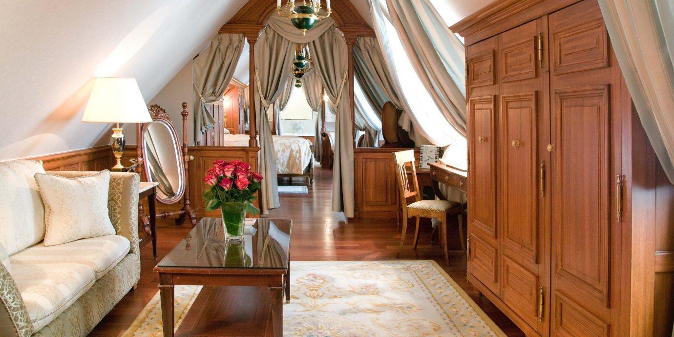 property home living room hardwood Suite mansion cottage farmhouse