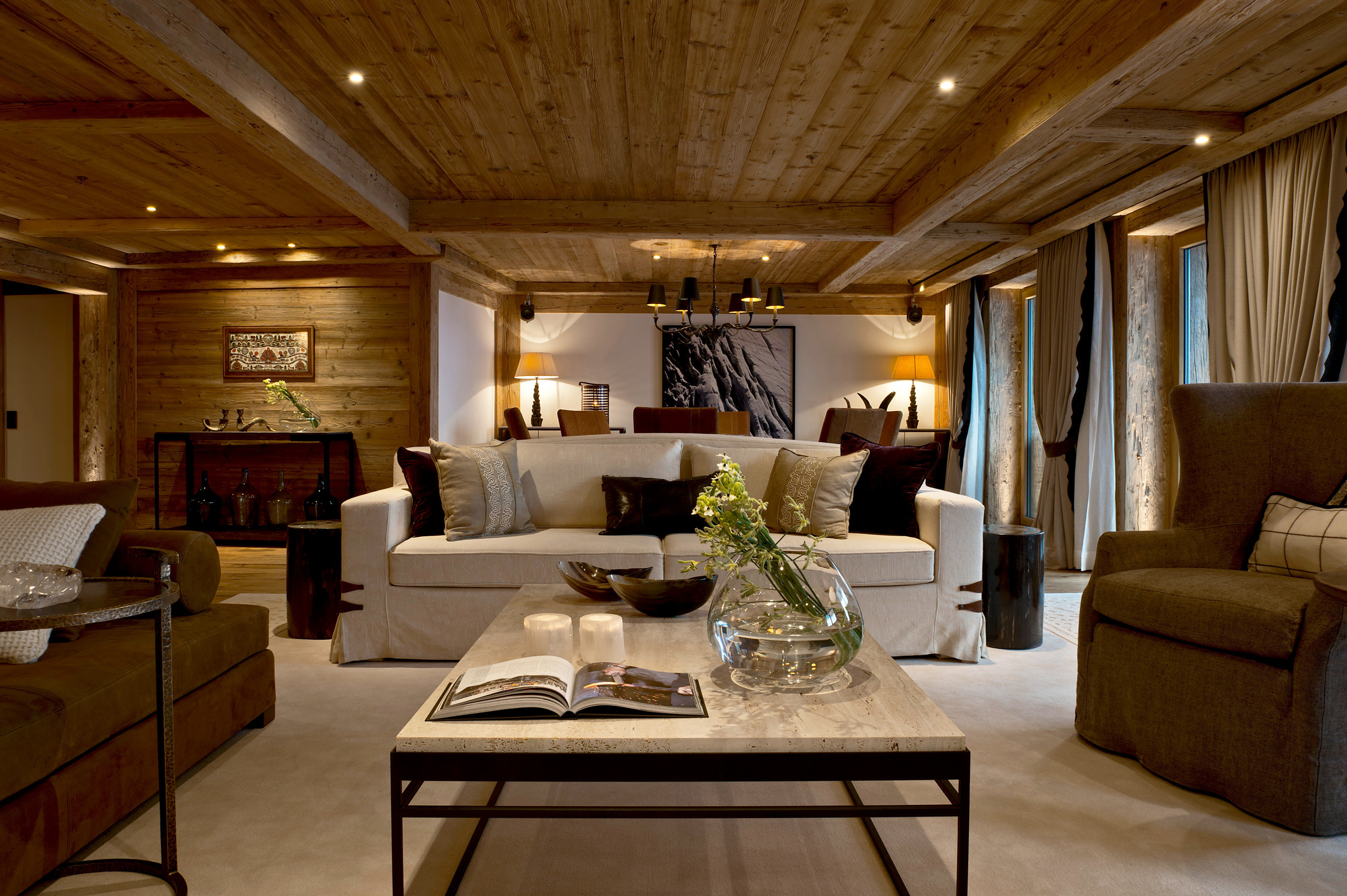 living room property home cottage Suite mansion farmhouse recreation room