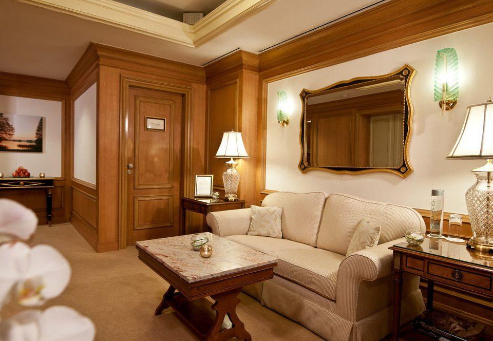 property Suite living room home hardwood cottage mansion flat