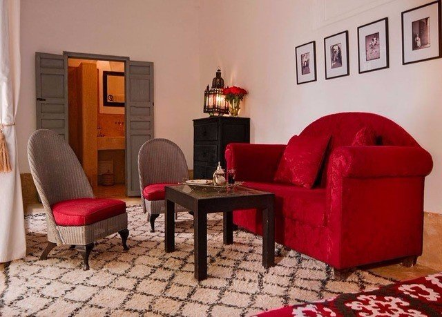 red living room property cottage home rug Suite