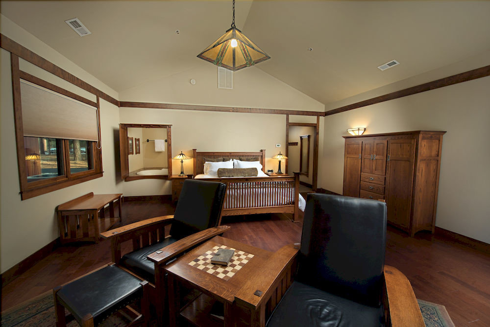 property living room home recreation room cottage Suite mansion