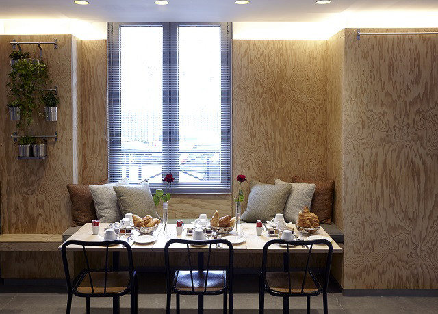 property living room home restaurant curtain window treatment textile Suite