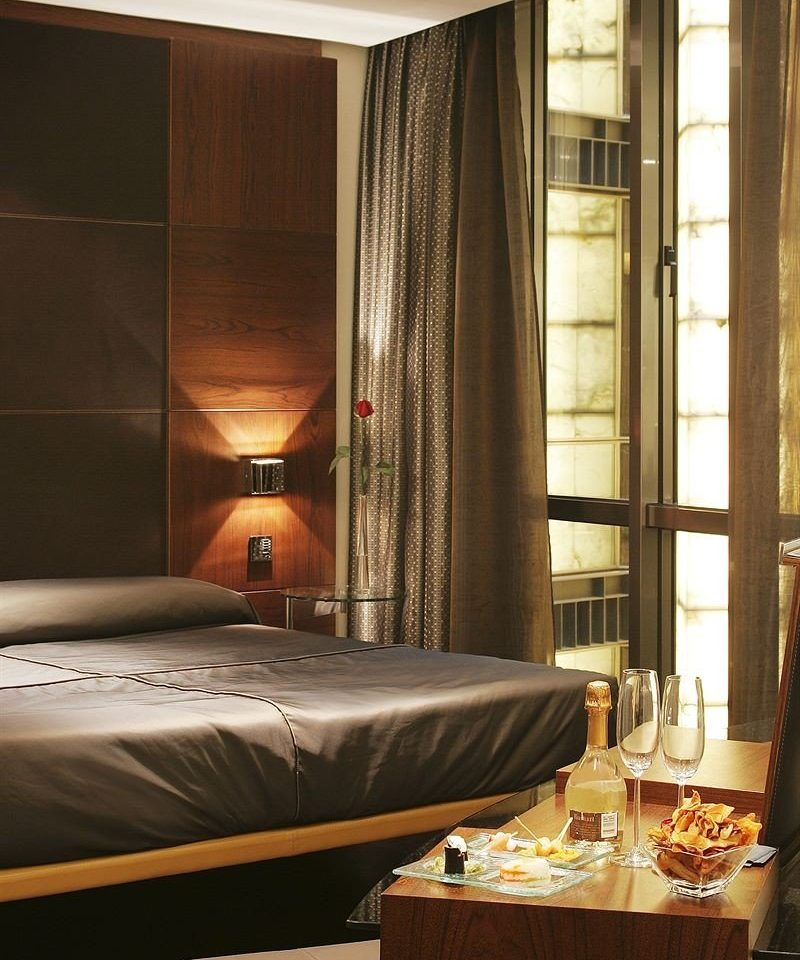 Suite curtain window treatment