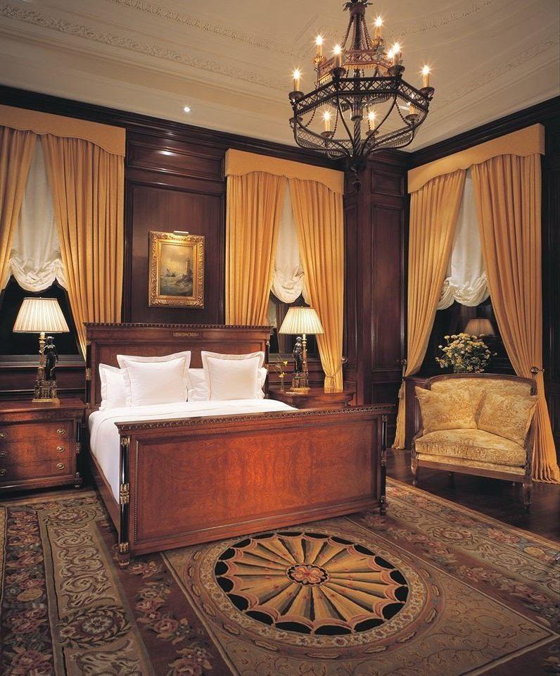 Suite home mansion living room flooring wood flooring