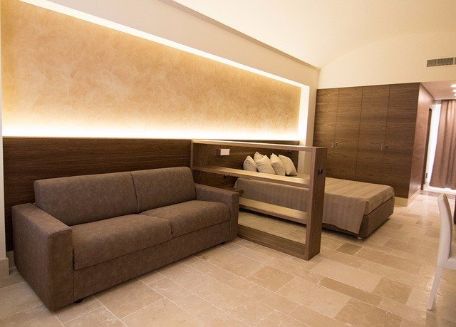 property living room hardwood Suite