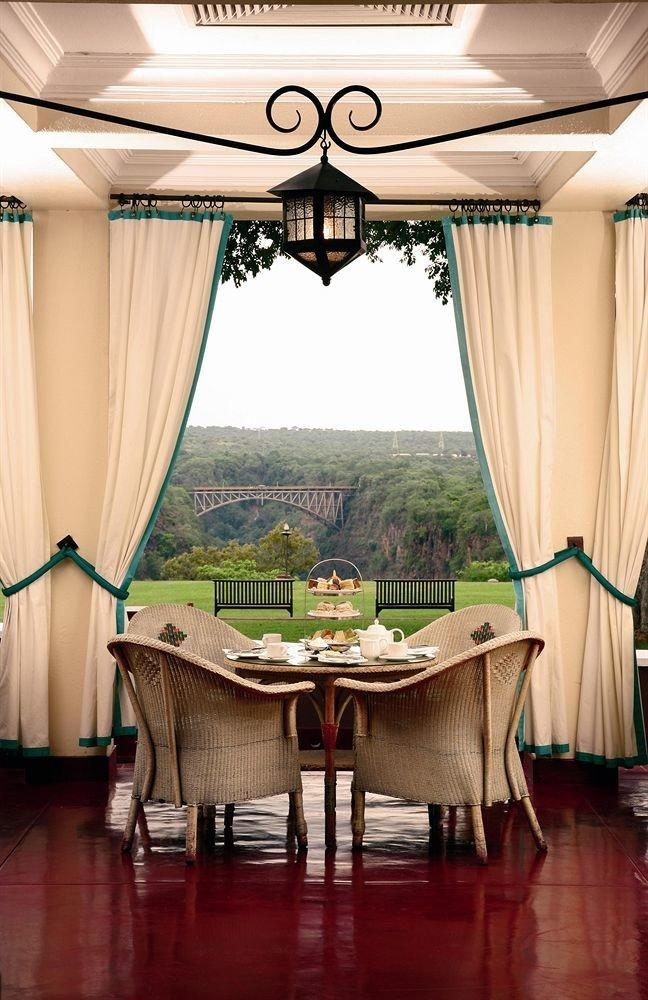 home restaurant Suite