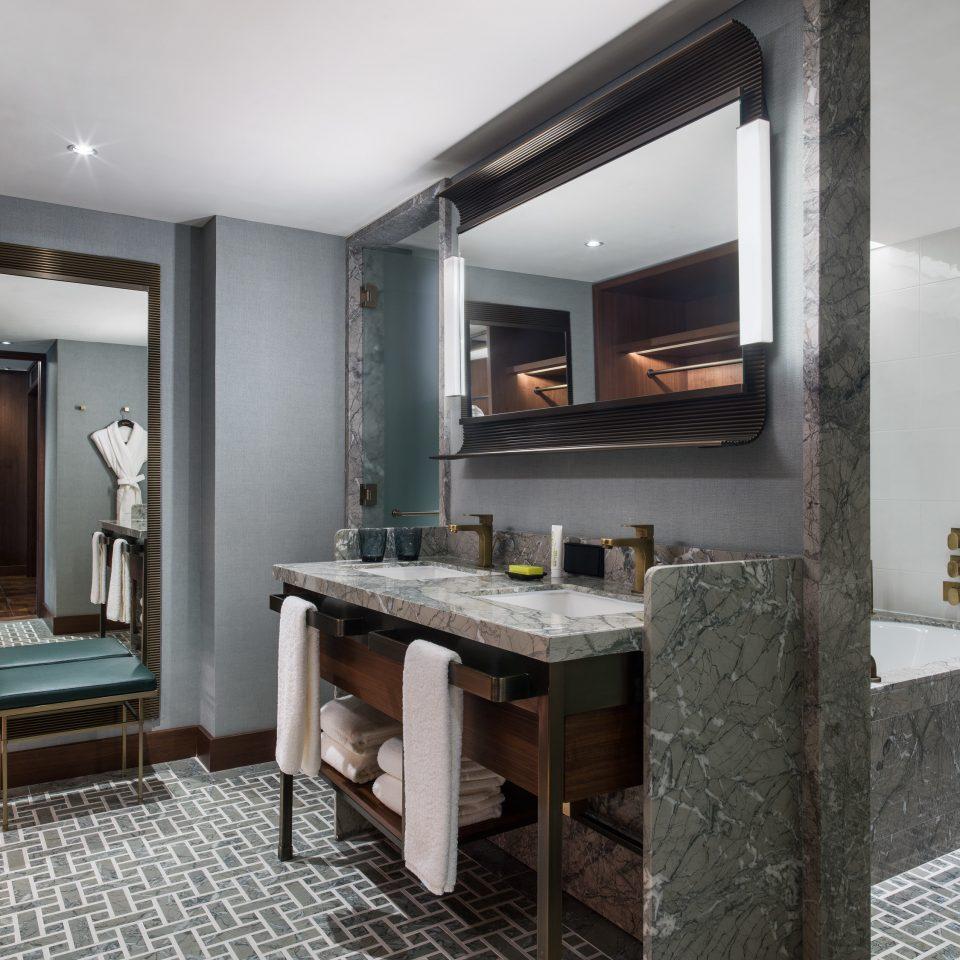 Suite interior designer