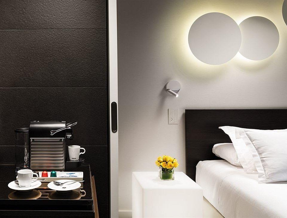 white lighting living room Suite lamp