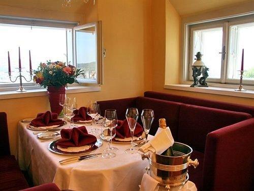 property restaurant Suite