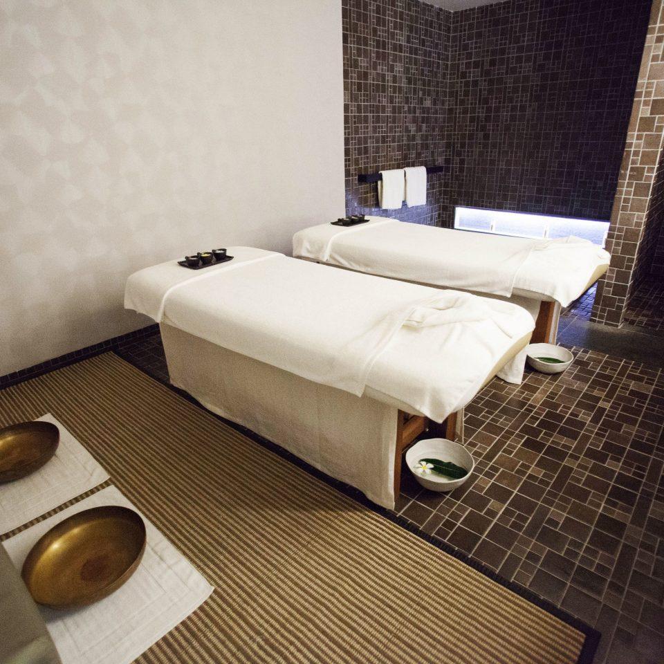 property Suite tan