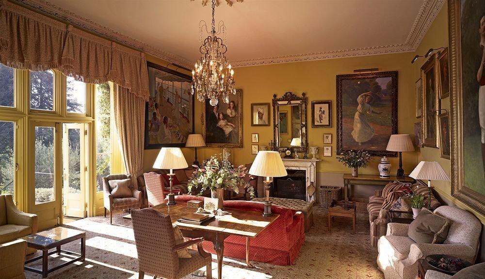 sofa living room property chair home mansion cottage Suite Villa arranged