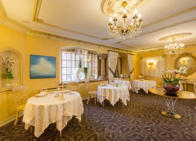 property function hall Suite mansion ballroom Villa living room palace
