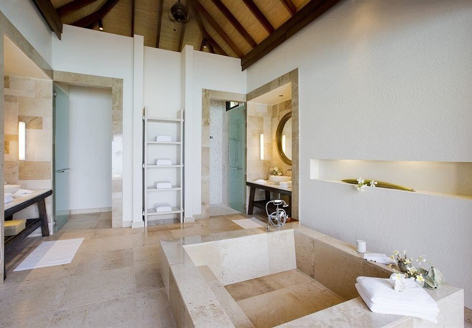 bathroom property building house home cottage farmhouse Villa living room Suite