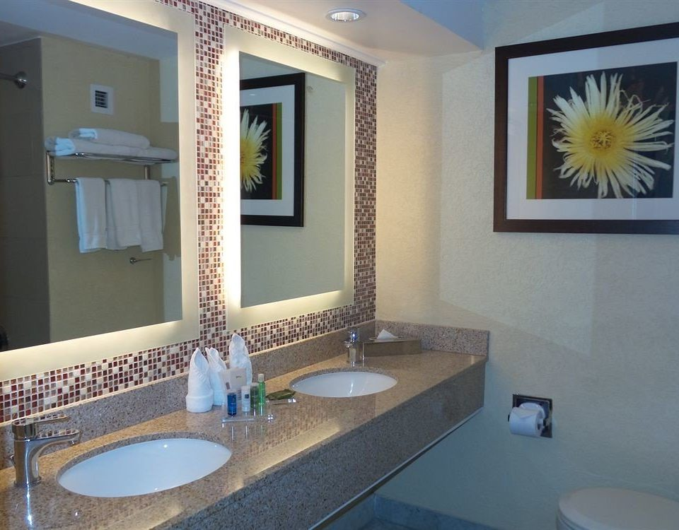 bathroom sink property swimming pool counter home Suite toilet Villa condominium plumbing fixture flooring