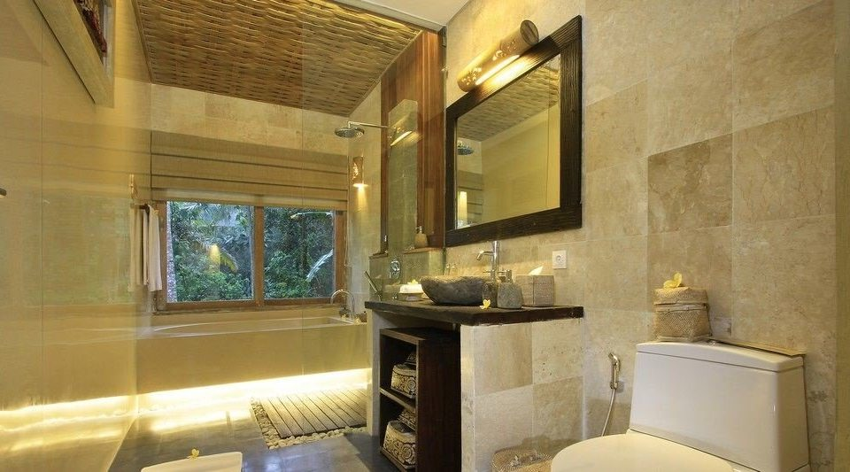 bathroom property house home Suite sink cottage Villa condominium mansion