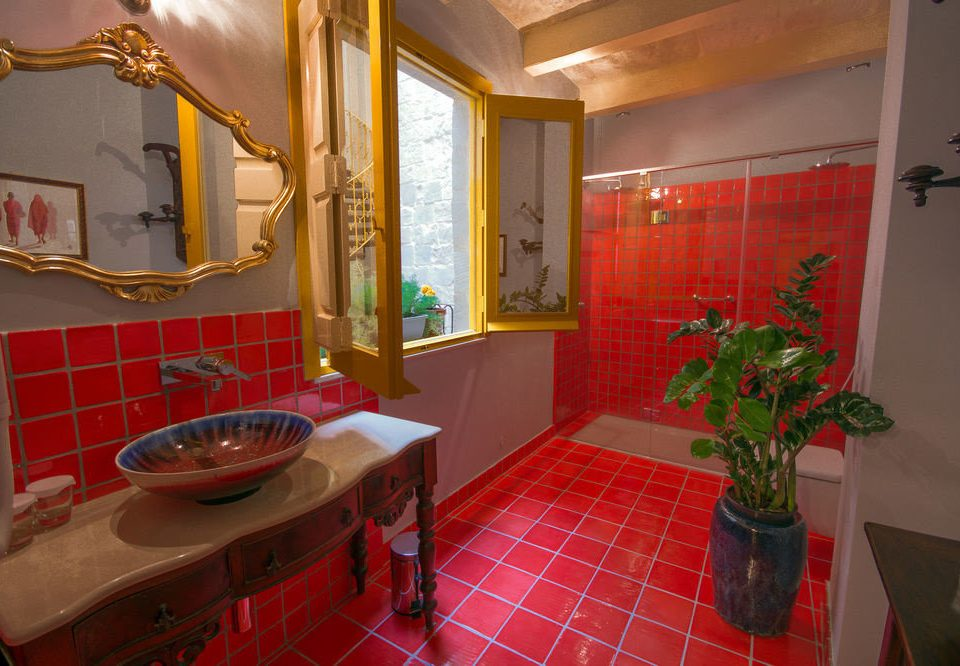 red property house home Suite bathroom cottage restaurant Villa plant tiled