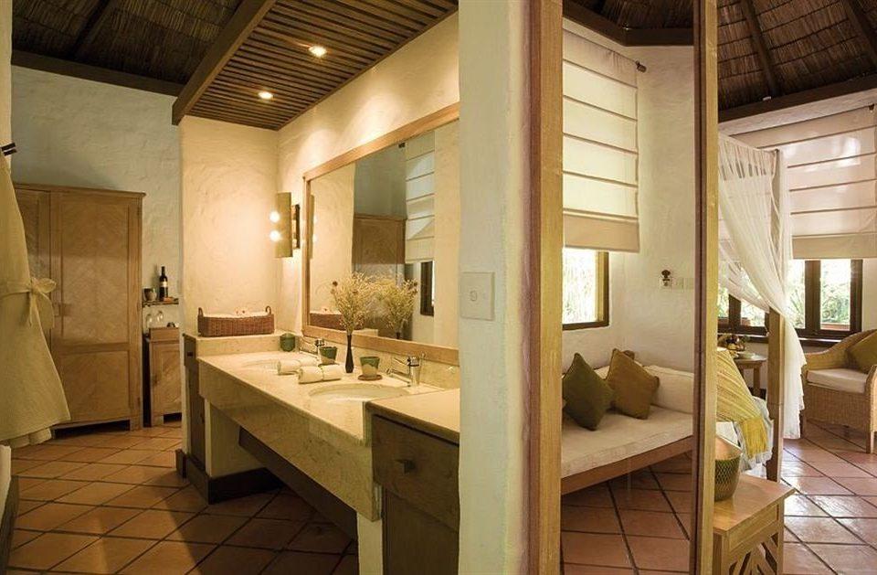 bathroom property sink home living room Suite cottage Villa mansion farmhouse tile tiled