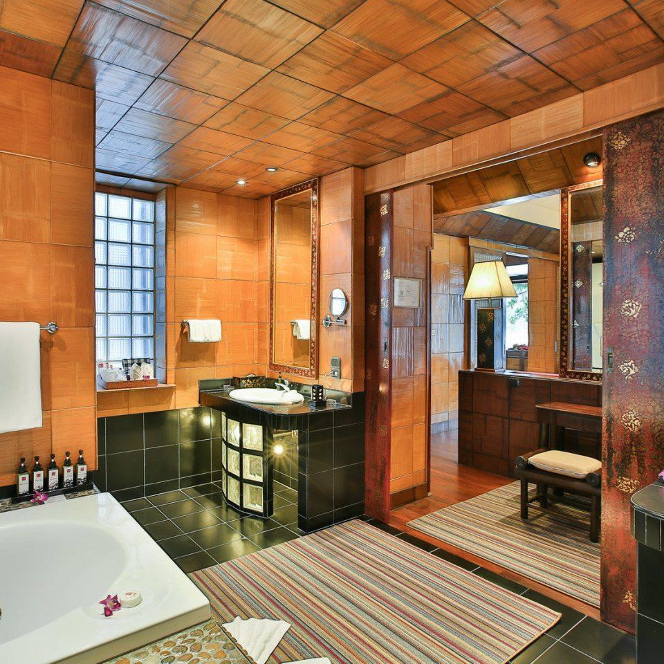 property home Suite bathroom swimming pool living room sink cottage mansion Villa