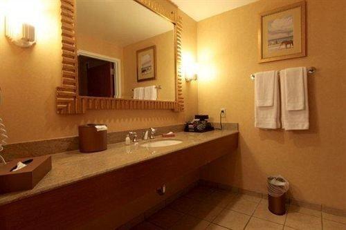bathroom mirror property sink cottage Suite Villa
