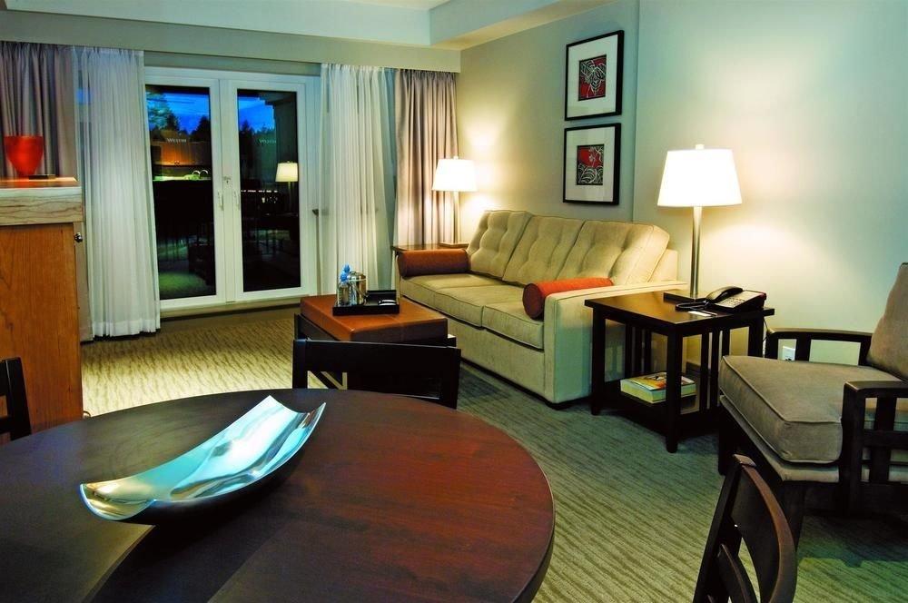 property building Suite condominium living room home cottage Villa leather