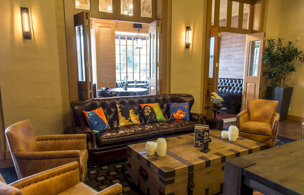property living room building home house cottage condominium Suite Villa mansion