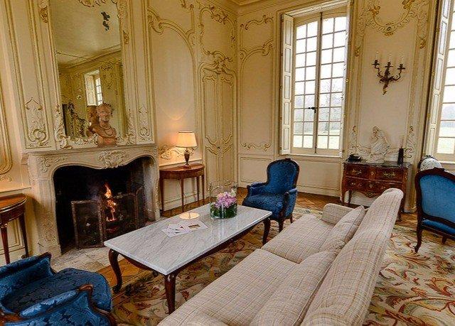 property building living room house home mansion cottage Villa Suite