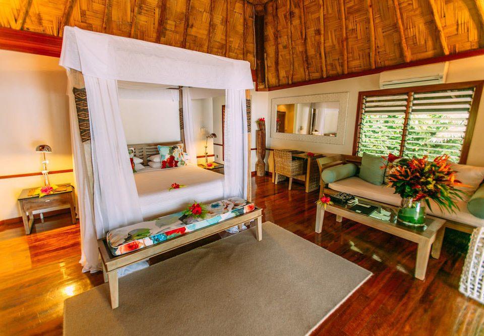 property living room building house home cottage Villa Suite recreation room farmhouse
