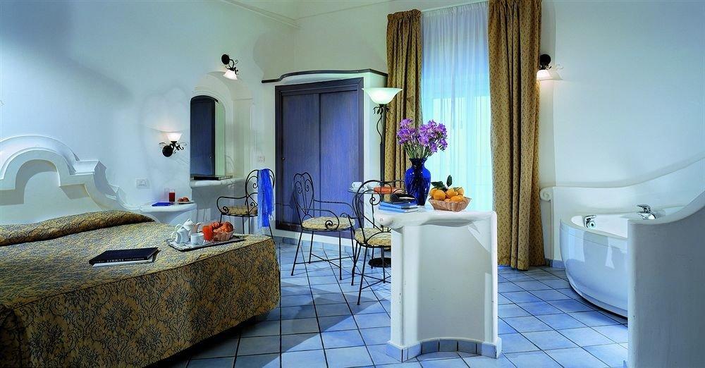 property building Suite cottage home Villa mansion