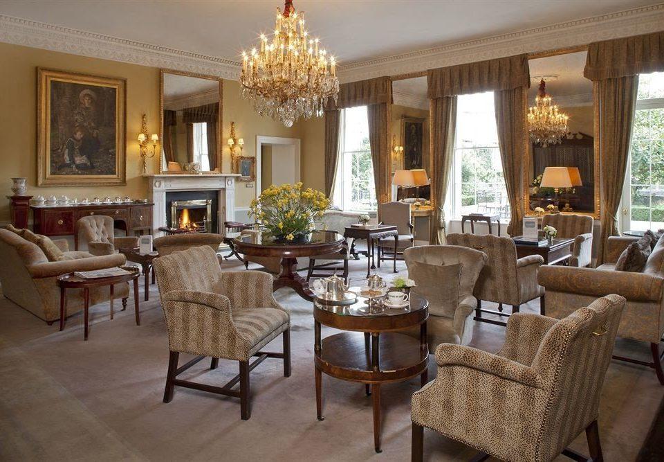 chair property living room home Villa mansion cottage restaurant condominium farmhouse Suite nice