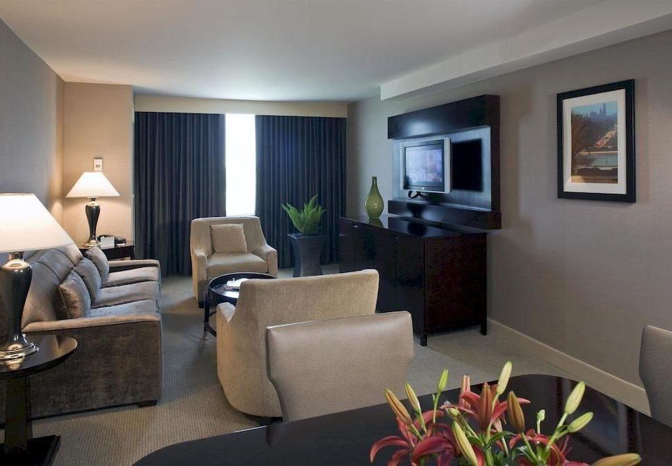 property living room chair Suite condominium home cottage Villa