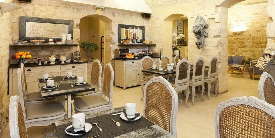 chair property cottage home restaurant Villa mansion Suite