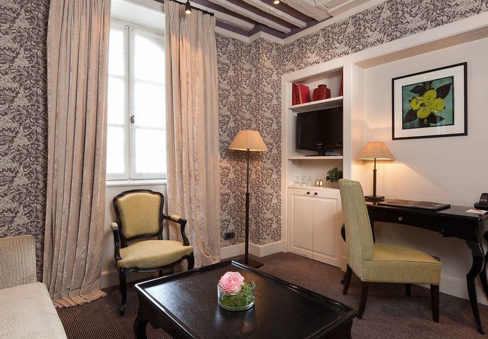 property Suite living room cottage home Villa condominium