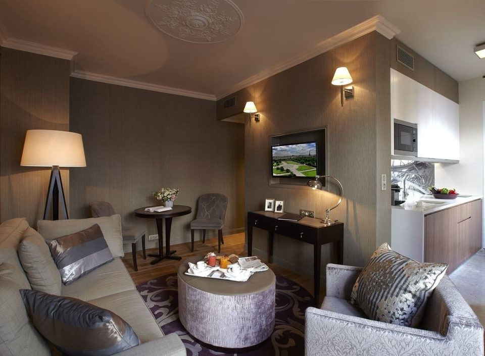 property Suite living room home condominium cottage Villa flat lamp