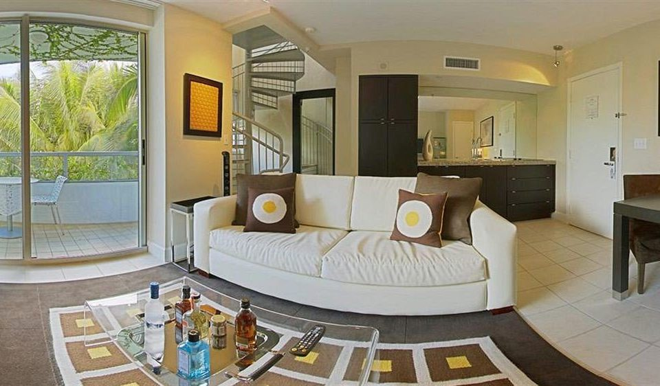 property home living room condominium Suite sink mansion cottage Villa