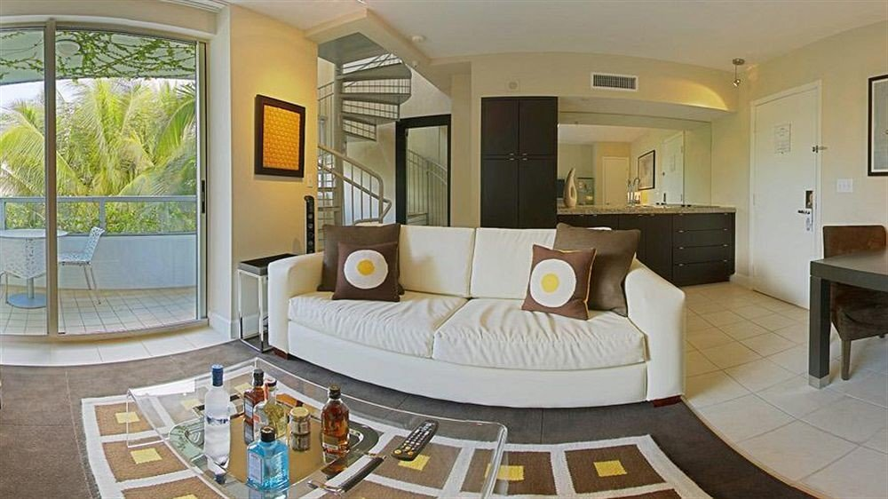 property home living room condominium Suite sink mansion cottage Villa