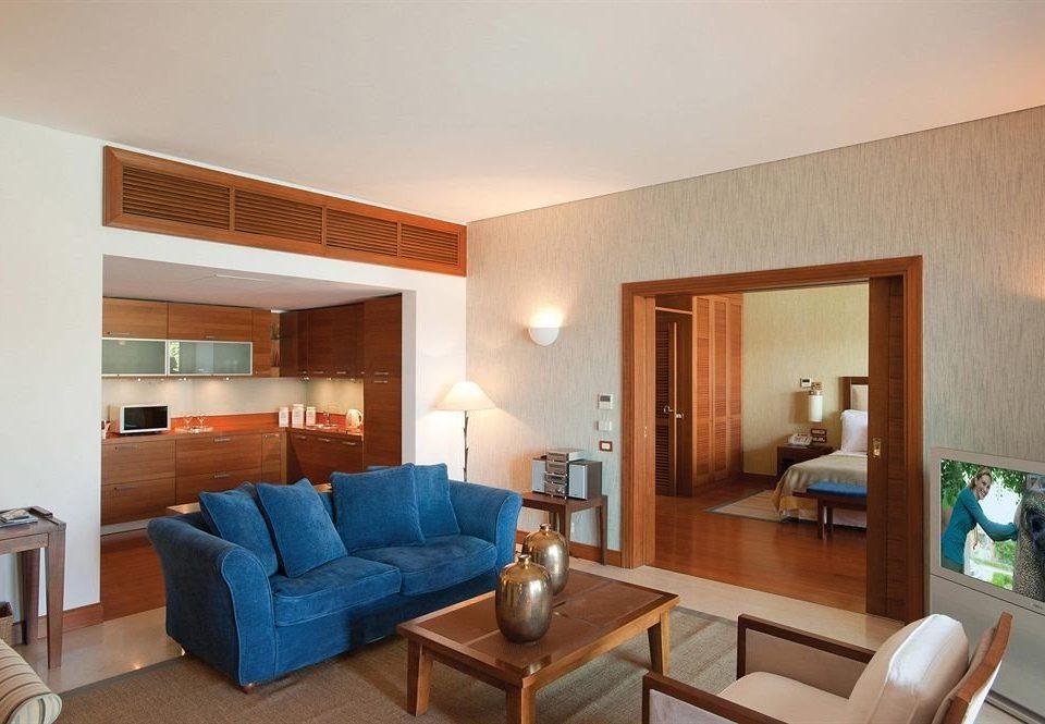 property living room Suite condominium home Villa cottage