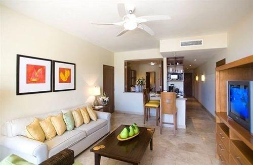 property living room condominium Villa home cottage Suite flat