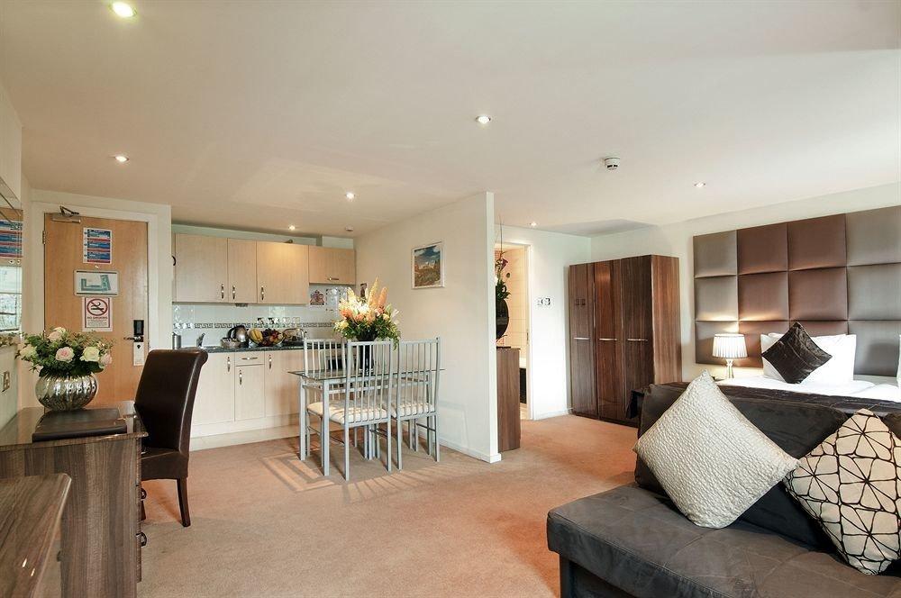 property home living room condominium hardwood cottage Villa Suite