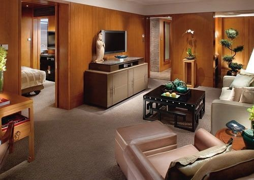 living room property home Suite recreation room cottage condominium Villa mansion