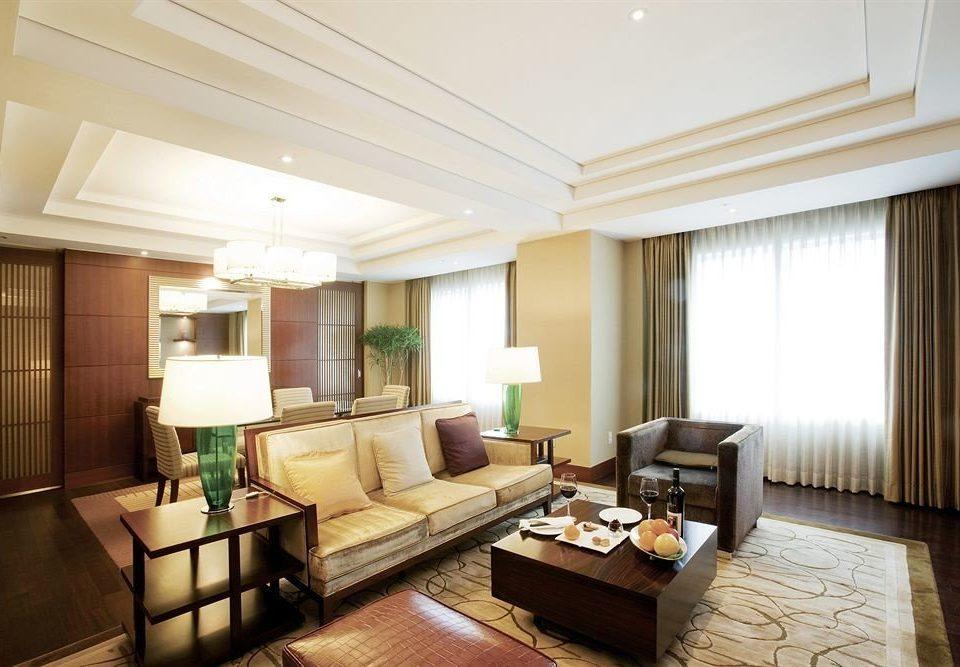 sofa property living room condominium Suite home hardwood cottage Villa flat