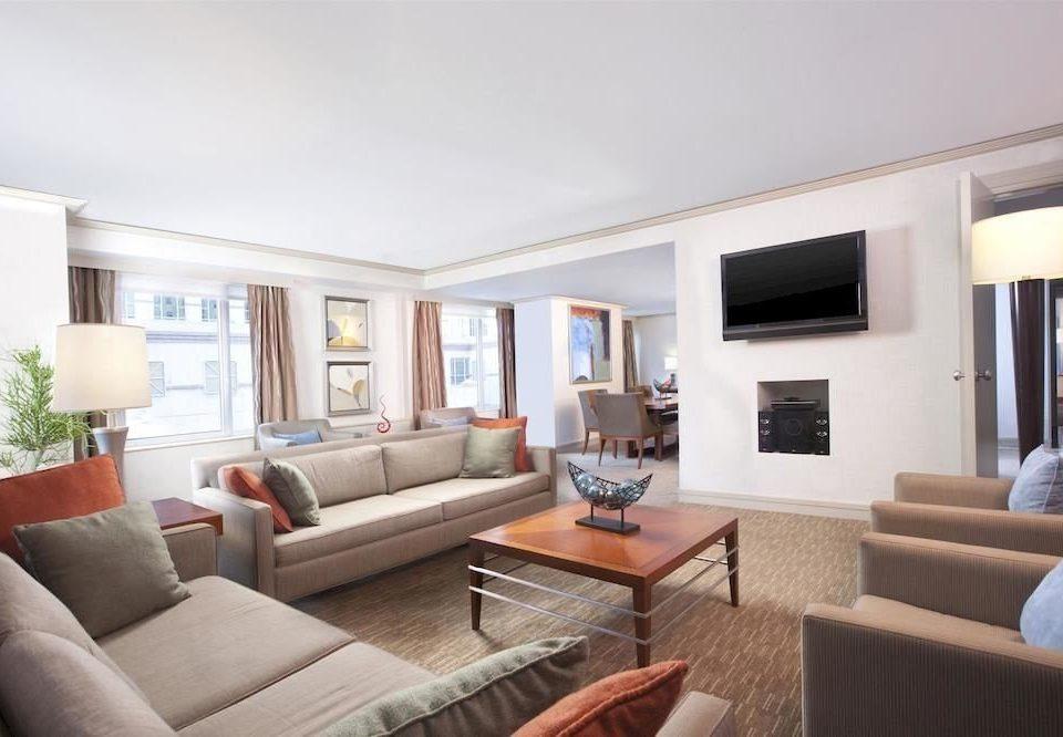 sofa living room property condominium home Suite Villa cottage mansion flat leather