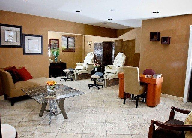 property condominium living room Suite cottage Villa