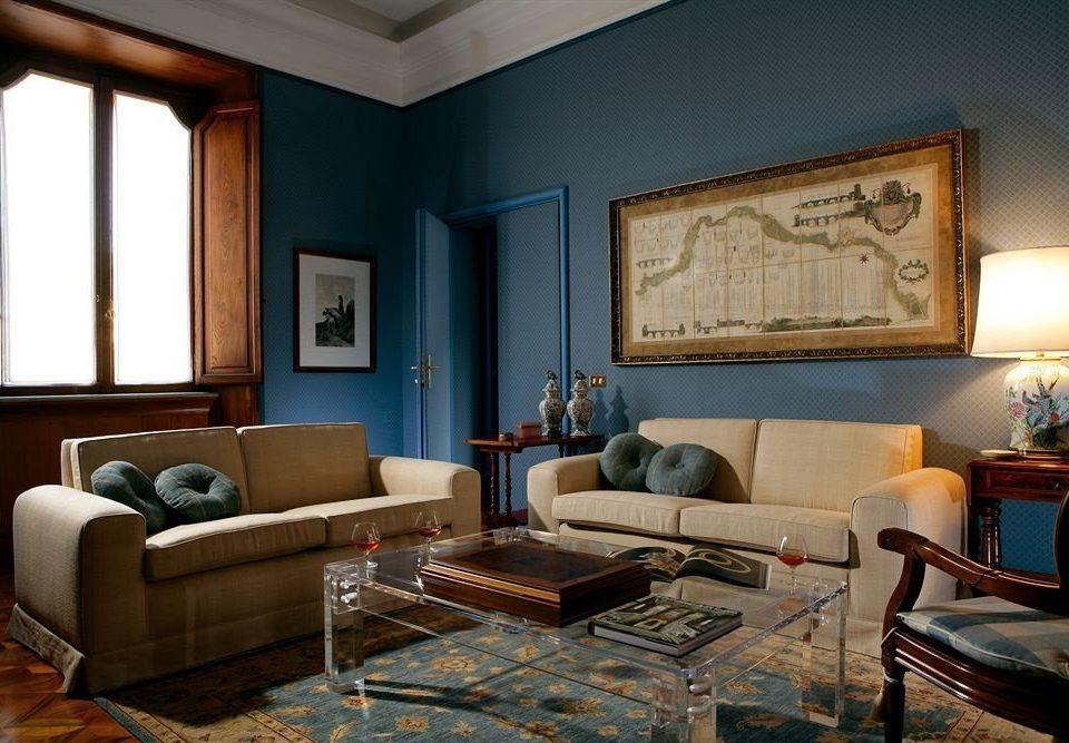 living room property home hardwood Suite Villa condominium cottage