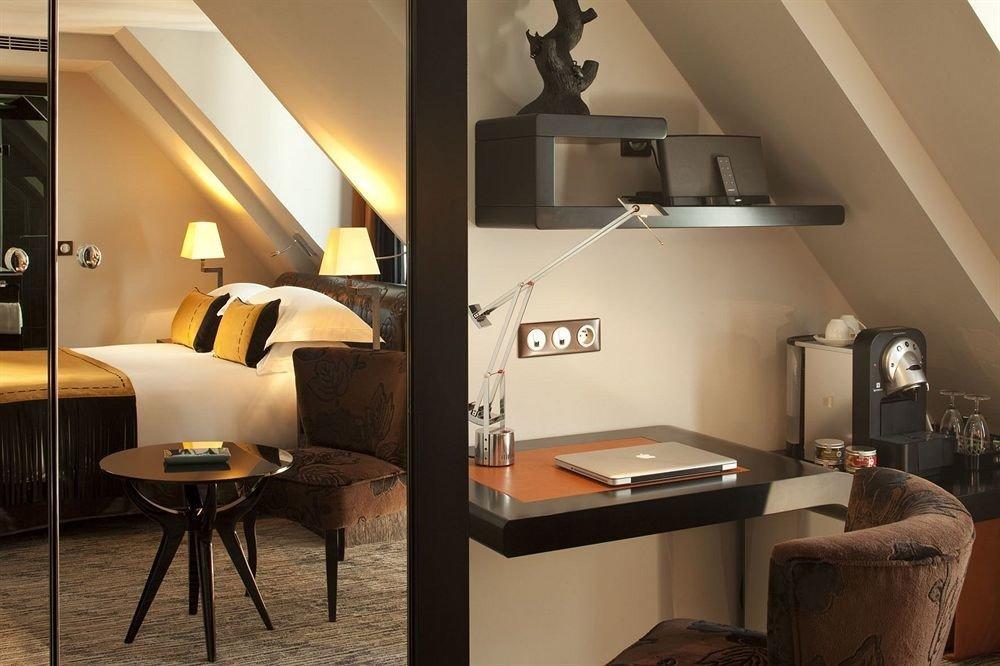 property Suite home living room lighting cottage loft condominium Villa