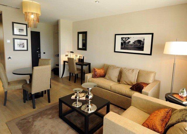 sofa property living room Suite condominium cottage home Villa flat leather