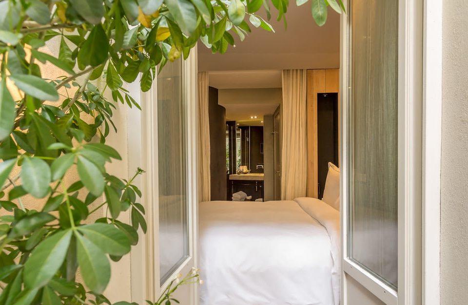 property plant house home cottage Villa condominium Suite