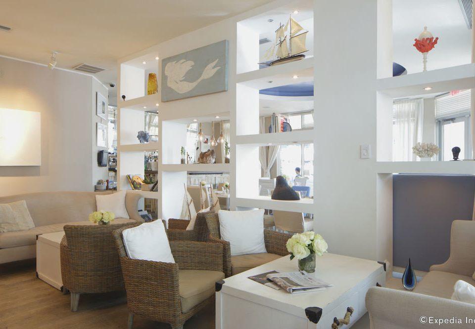 living room property condominium home Villa Suite cottage