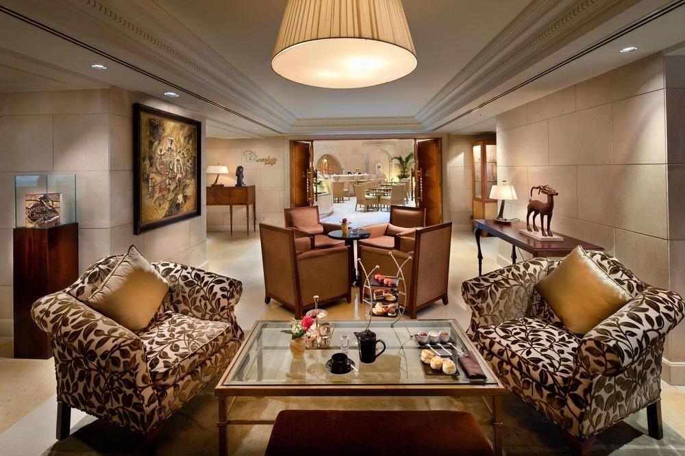 living room property home Suite condominium Villa mansion cottage