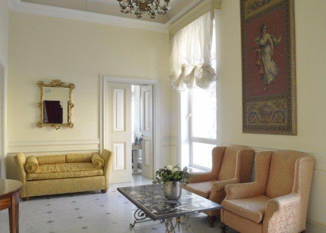 living room property home hardwood cottage Villa Suite condominium mansion