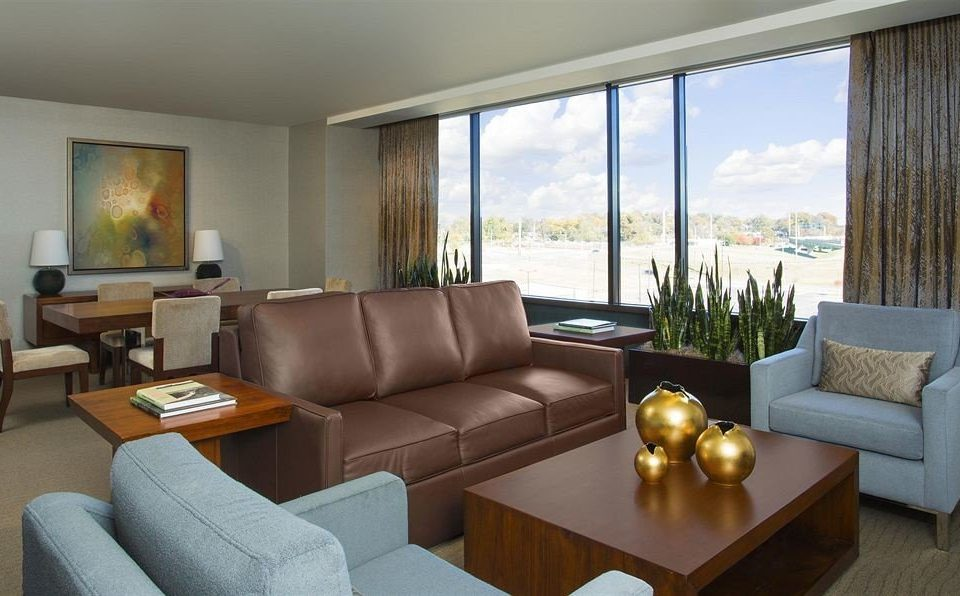 sofa living room property condominium Suite home Villa cottage flat
